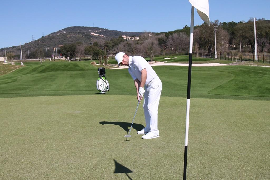 Golf-Up-synthétique-innovation-performance-9-trous-phytosanitaire-engrais